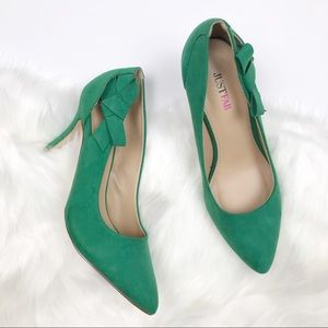 JustFab Emerald Green suede side bow Heels size 9